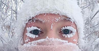 Lạnh vài độ đã ăn thua gì, ngôi làng này lạnh tới -67 độ C đây: Lông mi đóng băng, cá không có cho vào tủ lạnh cũng hóa đá