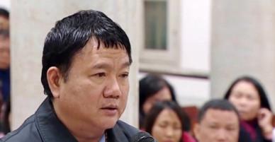 """Bị cáo Đinh La Thăng nói còn """"nợ"""" cháu bé có hoàn cảnh thương tâm"""