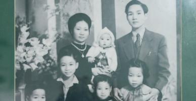 Gia đình buôn tơ lụa giàu nức tiếng phố hàng Đào và căn nhà cổ ngưng đọng thời gian suốt 50 năm qua