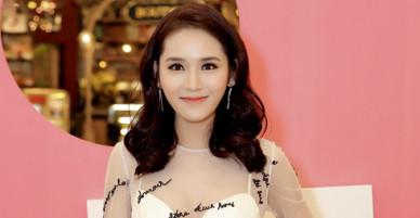 Hot girl trà sữa Vân Shi chi 300 triệu cho trang phục quay MV