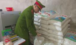 Đường dây sản xuất mì chính giả lớn nhất Hà Tĩnh bị triệt phá