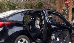 Ôtô đấu đầu xe tải, hai người tử vong