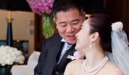 Lê Tư kỷ niệm 9 năm ngày cưới với ông xã đại gia