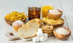 Hé lộ bí ẩn đằng sau thói quen ăn uống của con người