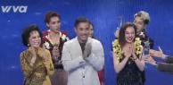 Khoảnh khắc vui: Đức Phúc nhảy nhót quên trời quên đất khi nhận giải Á quân Cặp đôi hoàn hảo