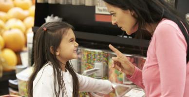 Giải pháp cho thói mè nheo dai dẳng của trẻ: Chỉ cần cha mẹ thay đổi
