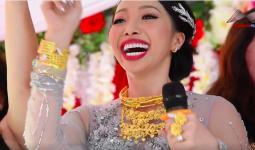 Clip: Cô dâu ở Hậu Giang mang trên người hơn 1kg vàng, quẩy tưng bừng trong đám cưới