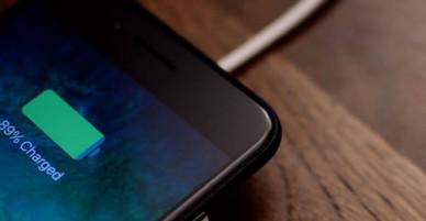 iPhone 8 Plus nhanh chai pin hơn iPhone đời cũ