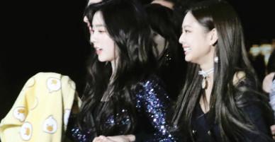 2 cặp đôi Kpop khiến fan cuồng nhất Seoul Music Awards
