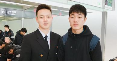Một bức hình 2 cực phẩm: Cơ trưởng 9X đẹp trai và đội trưởng Trường híp