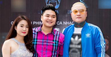 Con trai Lê Giang cùng bạn gái tới chúc mừng Vũ Duy Khánh