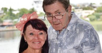 Cụ ông 68 tuổi quên rằng mình đã có vợ rồi cầu hôn một người phụ nữ, ai cũng buồn khi biết sự thật