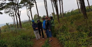 Đắk Lắk: Hoảng hồn phát hiện xác nam thanh niên chết cạnh xe máy trong rừng thông