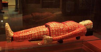 Bí mật về kho báu chứa thần khí bên trong lăng mộ Triệu Đà