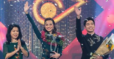 Hoa hậu Kiều Ngân đăng quang Én Vàng 2017 với số điểm tuyệt đối
