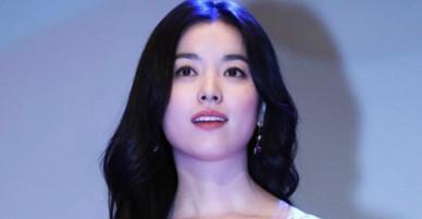 Mỹ nhân cười đẹp nhất Hàn Quốc thu hút trong buổi ra mắt phim