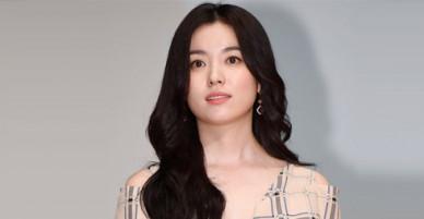 Han Hyo Joo mặc giản dị, trang điểm nhẹ vẫn xứng danh bảo bối nhan sắc Hàn
