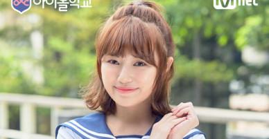 Thực tập sinh Kpop xinh đẹp khoe đang học tiếng Việt