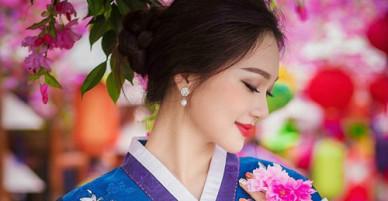 Cô gái có gương mặt đẹp nhất Hoa hậu Hoàn vũ: Nghỉ Tết cấy lúa giúp mẹ