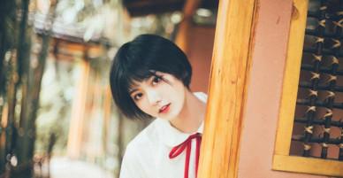 Cô bạn Trung Quốc siêu xinh chứng minh con gái nên để tóc ngắn ít nhất 1 lần!