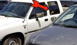 Phát hiện đứa bé ngồi trong xe hơi giữa trời nóng 34 độ, người phụ nữ này đã làm một việc khiến ai cũng bất ngờ