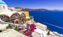 Đến thăm hòn ngọc Santorini, nghe lời tiễn biệt hoàng hôn và 'Hẹn gặp lại nhé vào ngày mai'