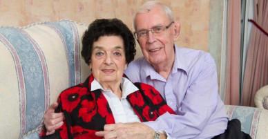 Bạn thanh mai trúc mã từ thời thơ ấu nhưng không lấy nhau, đến khi gần 90 tuổi họ mới nên duyên vợ chồng vì một định mệnh