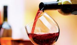 Giáo sư y học Tề Quốc Lực: Trong các đồ uống, rượu vang đỏ xếp thứ hai. Nhưng dùng bao nhiêu thì là đủ?