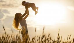 Mẹ đơn thân: Thanh xuân này mẹ không cần, chỉ cần nhìn thấy con trưởng thành trong hạnh phúc
