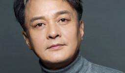 Nam diễn viên nổi tiếng Phía đông vườn địa đàng bị đuổi khỏi trường đại học vì tội quấy rối tình dục sinh viên nữ