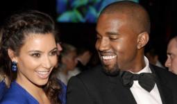 2 tháng sau khi nhận món quà độc đáo của Kanye, Kim ngồi không cũng có thêm 720 triệu đồng