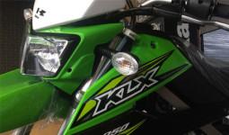 Kawasaki KLX 250 2018 chính hãng cập cảng Sài Gòn