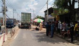 Đôi nam nữ chết thảm dưới bánh xe container ở Sài Gòn ngày mùng 6 Tết