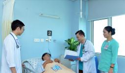 Điều trị kịp thời hai bệnh nhân bị nhồi máu cơ tim cấp do uống rượu dịp Tết
