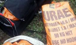 Hai ôtô chở 288 bánh heroin lao vào cảnh sát để tháo chạy