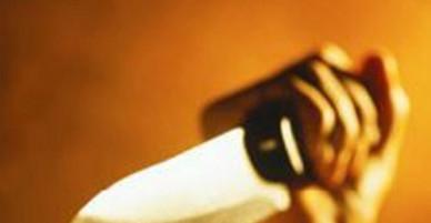 Trẻ con chơi đùa gây mâu thuẫn, người lớn cầm dao đoạt mạng nhau