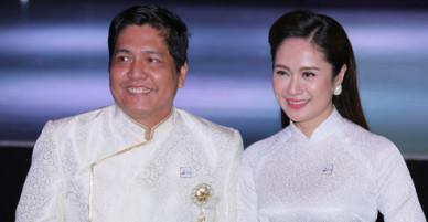 Vợ chồng Thanh Thúy - Đức Thịnh mặc áo dài ton-sur-ton đi sự kiện
