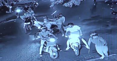 20 thanh niên đập phá, ném bom xăng vào nhà dân ở Đồng Nai - VnExpress