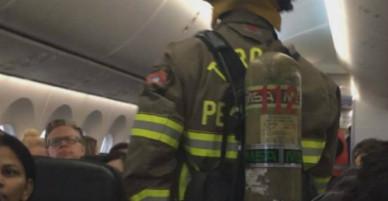 Hành khách bị bỏng vì điện thoại bốc cháy trên máy bay