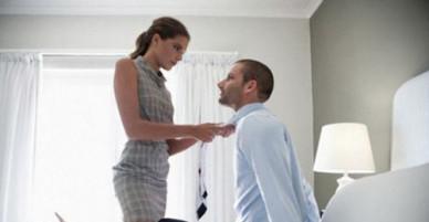 """Vợ không bỏ, """"em kết nghĩa"""" gợi cảm, khéo chiều cũng chẳng muốn buông"""