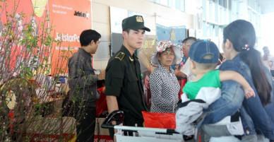 Lãnh đạo sân bay Vinh lý giải việc nam sinh viên đột nhập lên máy bay