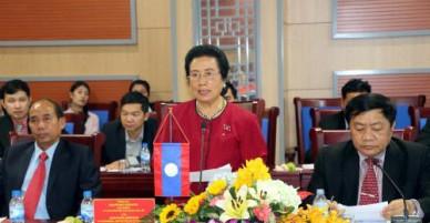 Ủy ban Dân tộc của Quốc hội Lào làm việc với Hội đồng Nhân dân tỉnh Nghệ An