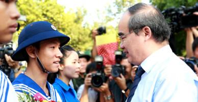 Ông Nguyễn Thiện Nhân: Lần đầu nhập ngũ tôi phải đi bộ 60 km