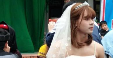 Không phải girl xinh nào, chàng trai đóng giả cô dâu này mới là người nổi nhất 8/3 năm nay