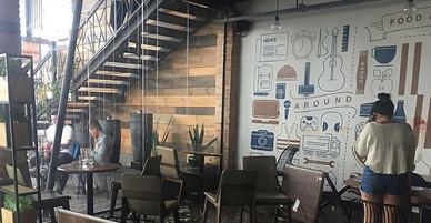 20 thanh niên hỗn chiến ở quán cà phê, nhiều người bị thương