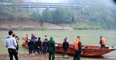 Tìm thấy thêm 3 thi thể công nhân bốc vác đuối nước tại Lào Cai