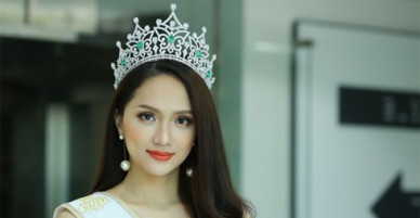 Hoa hậu Hương Giang: Bố mẹ xót khi thấy tôi quá gầy lúc đăng quang