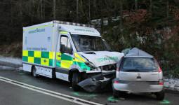 Có phải tài xế xe ưu tiên được miễn trách nhiệm nếu gây tai nạn?