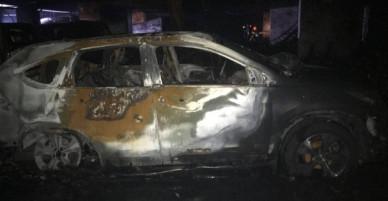 Hiện trường đầy ám ảnh vụ cháy khiến ít nhất 13 người tử vong tại chung cư ở Sài Gòn