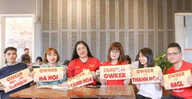 """Từ những cô nàng chẳng biết gì về bóng đá, đến """"Fandom quốc dân"""" dễ thương nhất, văn minh nhất của U23 Việt Nam"""